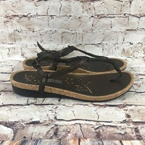 Kenneth Cole Reaction Distressed Brown Sandals 8.5